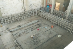 Supporting structures for pools FC
