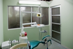TIS (dental clinic)